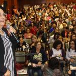 Semana da/do Assistente Social é aberta com duas grandes conferências sobre tema central
